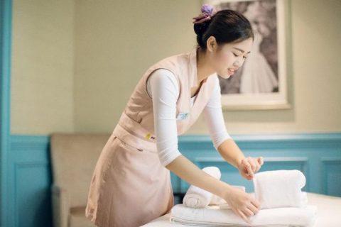 2021年专业美容师学美容的基本知识